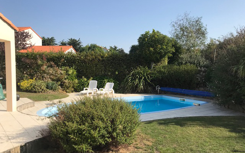 Villa-vendee - Vakantievilla in de Vendée - Les Jardins des Sables d'Olonne - Villa Acacia nr 39 tuin en zwembad